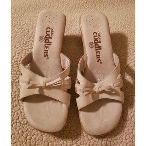 1dc9cb1e3e1a Cobbie Cuddlers Sandals